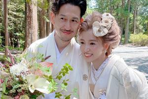 新郎新婦さんとお花